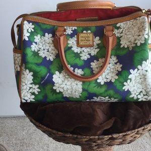 Dooney bag, M